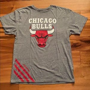 Men's Adidas T-shirt Chicago Bulls